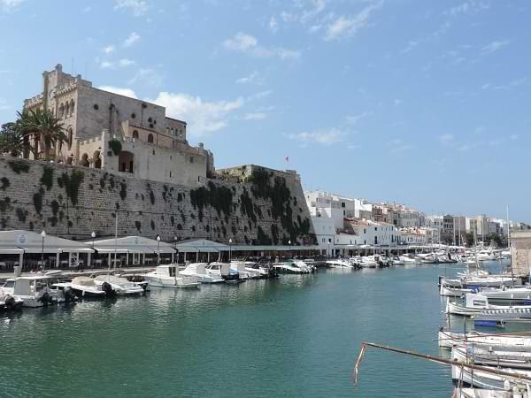 Ciudadela: antiguo archipiélago paradisíaco en Menorca